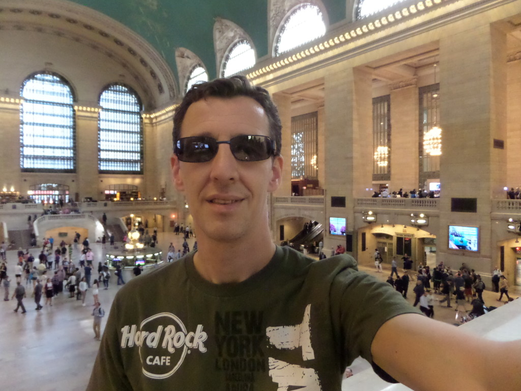 ich, total prollig in der Grand Central Station, NYC
