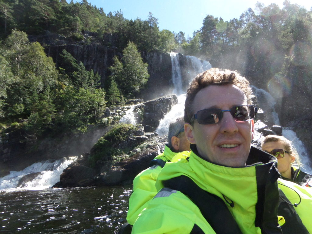 Mit dem Rib-Boot auf Lysefjord, yiiihaaaaa!