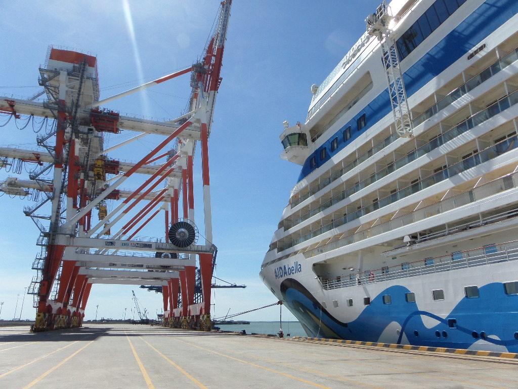 Containerhafen von Phu My, Vietnam
